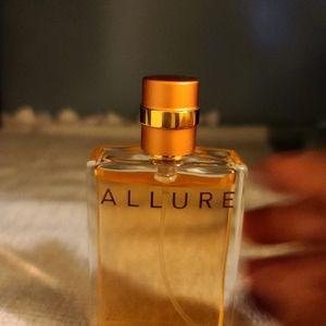 CHANEL Allure Eau de Parfums Spray